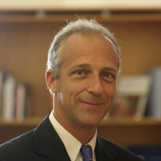 Philippe Meyer, pi-lot cabinet de négociation à Genève