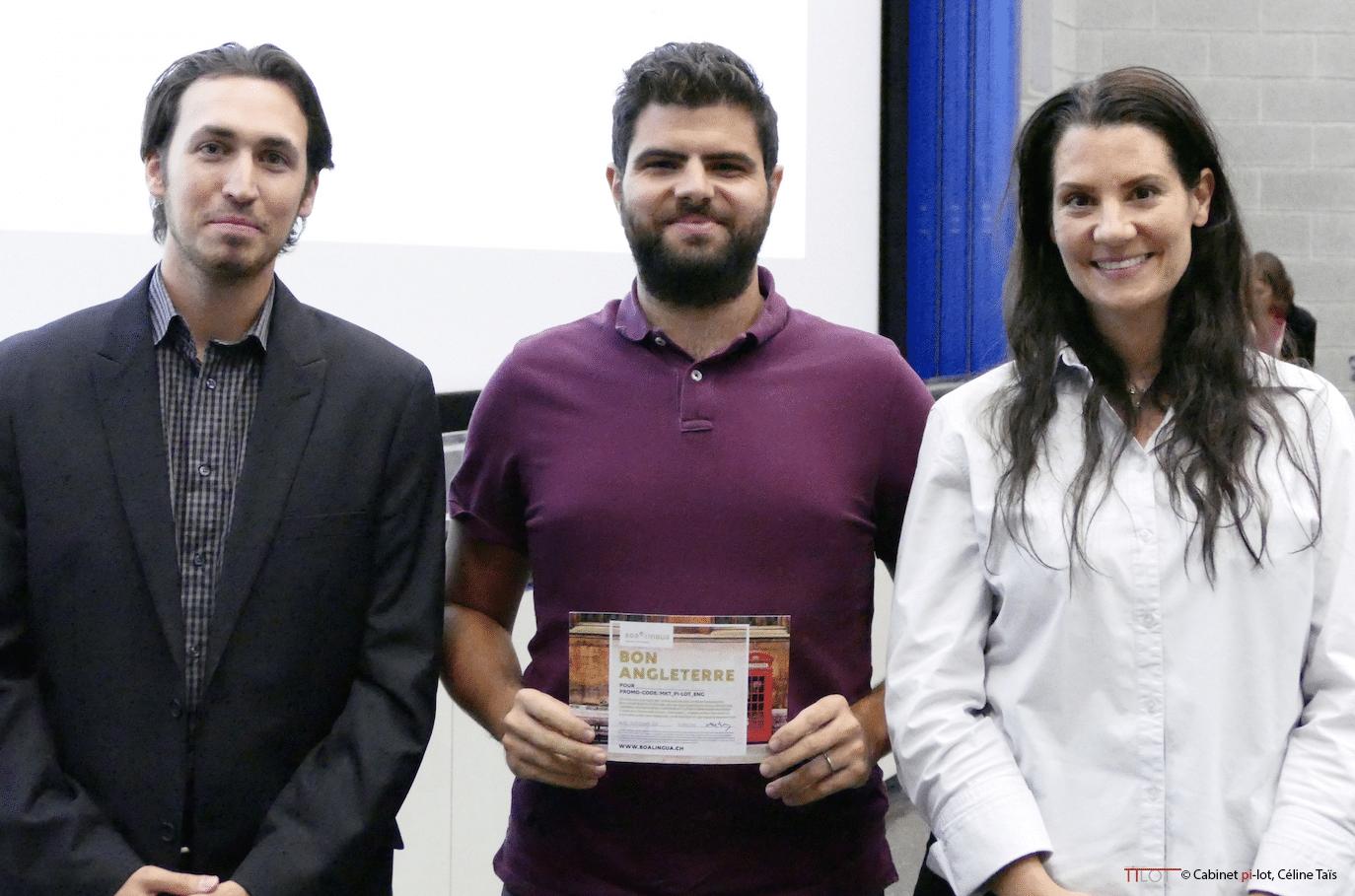 Florian Perroud et Céline Taïs avec le gagnant du concours Boa Lingua